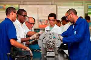 Auxiliar de Manutenção Industrial