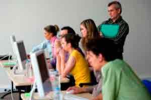 Extensão: Introdução à Capacitação para Professores de Laboratório de Informática